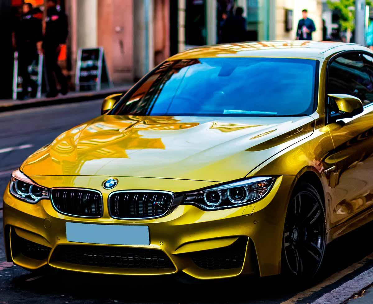 AutoHub - O seu centro de soluções Auto - CarrosUsados - Carros Como Novos - Carros Usados e Muito Mais em Lisboa- BMW M4