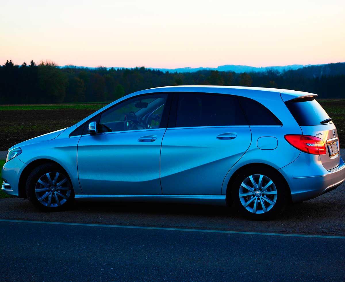 AutoHub - O seu centro de soluções Auto - CarrosUsados - Carros Como Novos - Carros Usados e Muito Mais em Lisboa- Mercedes-Benz Classe B