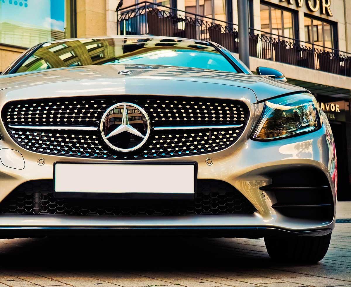 AutoHub - O seu centro de soluções Auto - CarrosUsados - Carros Como Novos - Carros Usados e Muito Mais em Lisboa- Mercedes-Benz Classe C