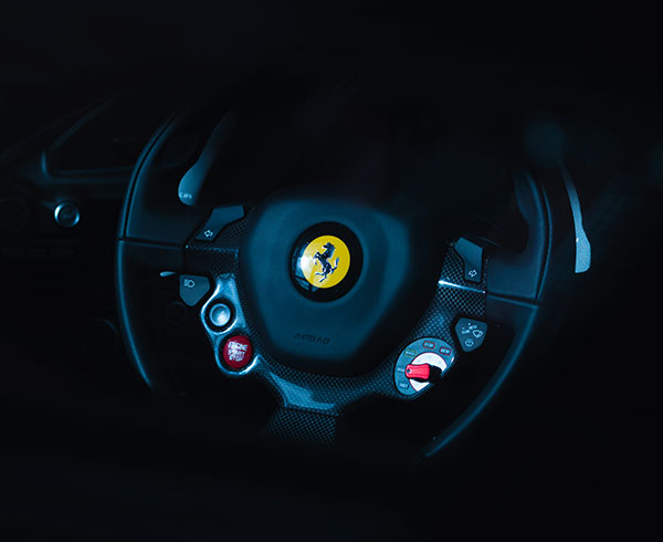 AutoHub - O seu centro de soluções Auto - CarrosUsados - Carros Como Novos - Carros Usados Ferrari e Muito Mais em Lisboa- Ferrari_6