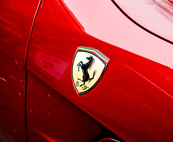 AutoHub - O seu centro de soluções Auto - CarrosUsados - Carros Como Novos - Carros Usados Ferrari e Muito Mais em Lisboa- Ferrari_8