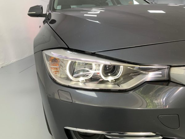 BMW Série 3 2014 cinza - Stand em Lisboa - Carros Usados BMW Como Novos