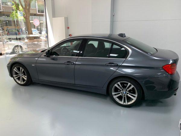 BMW Série 3 2014 cinza - Stand em Lisboa - Stand BMW Usado - Carro Como Novo