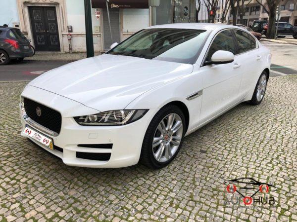 Jaguar XE Usado - Os melhores Carros Usados de Lisboa! Na Auto Hub encontra a melhor seleção de Jaguar Usados!
