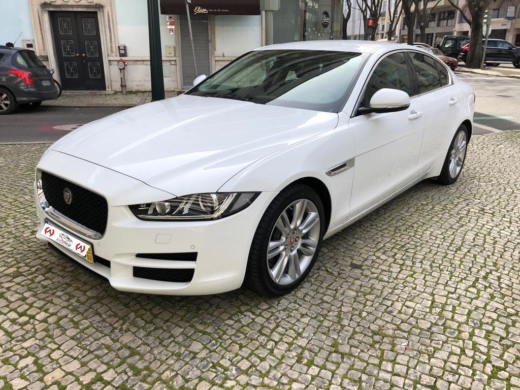 Usado Jaguar XE - Auto Hub - Carros Usados em Lisboa - A melhor seleção de carros da prestigiada marca Jaguar!