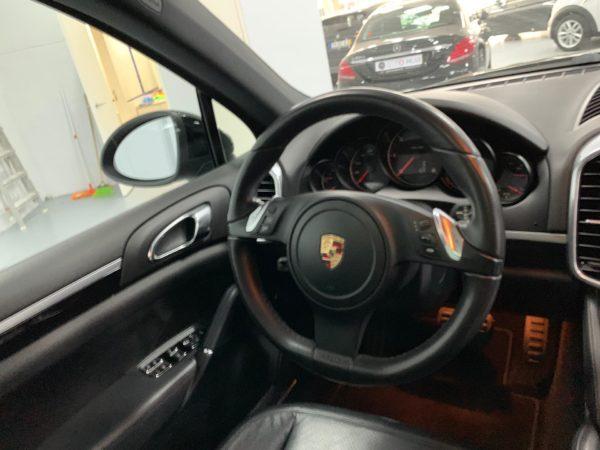 Porsche Cayenne Usado 2011_Auto Hub - Stand em Lisboa_18