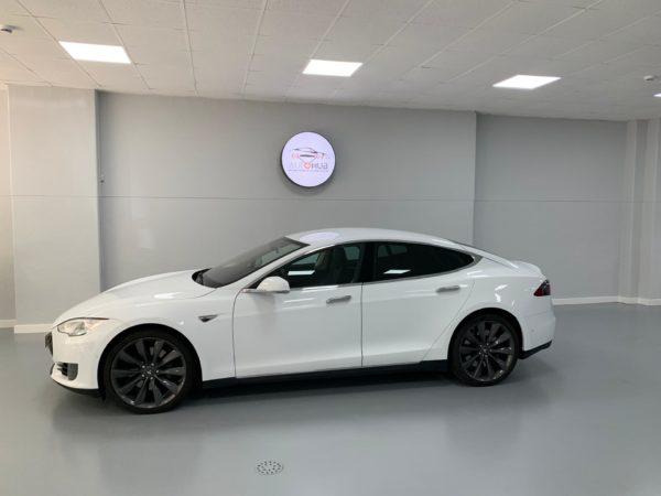 Tesla Model S70 Usado 2016 Stand Auto Hub Carros Usados e Seminovos A melhor seleção de automóveis Tesla Usados Stand em Lisboa_1