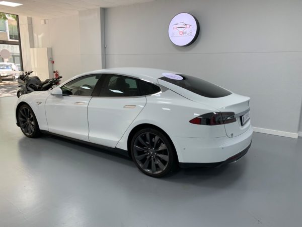 Tesla Model S70 Usado 2016 Stand Auto Hub Carros Usados e Seminovos A melhor seleção de automóveis Tesla Usados Stand em Lisboa_5