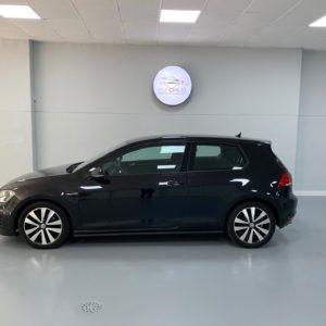 Volkswagen Golf GTD 2014 Usado Stand Veículos Usados em Lisboa - Carros Usados Auto Hub - Automóveis como Novos_1