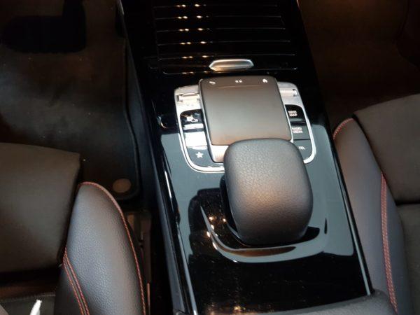 Mercedes Classe A 180 2019 AMG Usado - Stand em Lisboa - Melhor seleção de automóveis usados de qualidade - Carros Seminovos_6