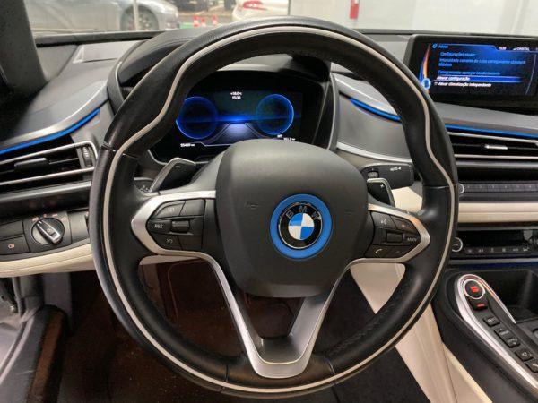 BMW i8 2015 usado 2015_Stand Carros Usados Lisboa_Automóveis BMW em Lisboa seminovos_Carros Desportivos_8
