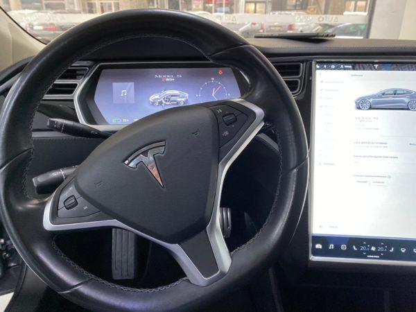 Tesla Model S P85+ Usado 2014 Stand Auto Hub Carros Usados e Seminovos A melhor seleção de automóveis Tesla Usados Stand Portugal_4