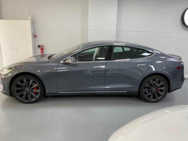 Tesla Model S P85+ Usado 2014 Stand Auto Hub Carros Usados e Seminovos A melhor seleção de automóveis Tesla Usados Stand em Lisboa_1